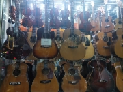 Xả kho đàn Guitar giá mềm chưa từng có